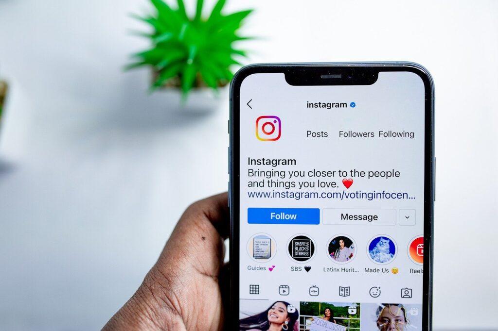 Почему иконки для «Актуальных» в Instagram имеют большое значение